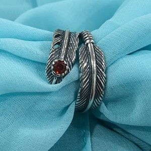 Jewelry - NWOT Sterling silver feather band ring